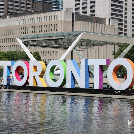 Top Things to Do for Students in Toronto, Canada